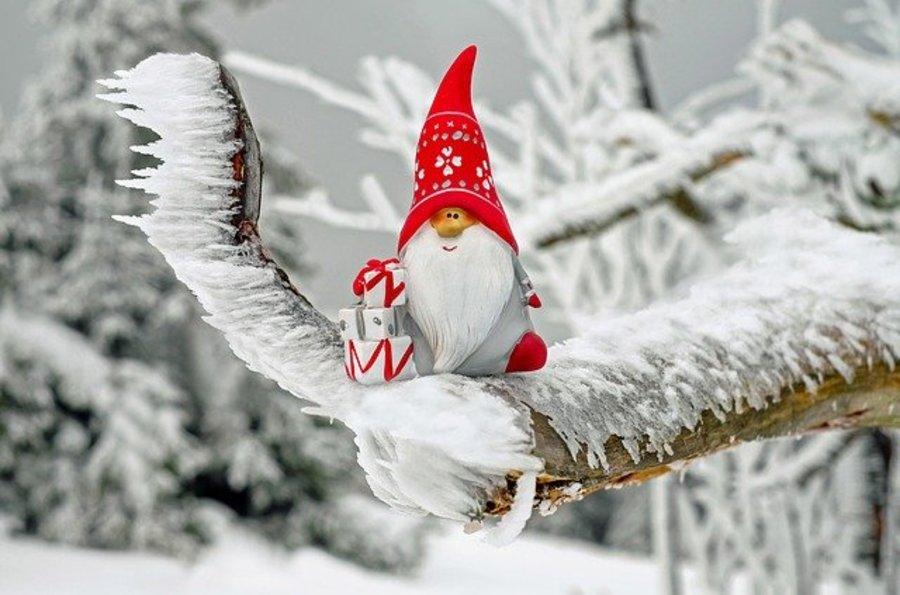 КОЛЕДА В ТРЯВНА! Хотел Калина Палас 4 * - пакет с ДВЕ нощувки със закуски,Обредна вечеря на 24.12. и Празнична Коледна вечеря на 25.12.,закрит басейн,фитнес  /22.12.2020 г.-28.12.2020 г./